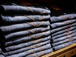 Jeansy damskie - najmodniejsze fasony